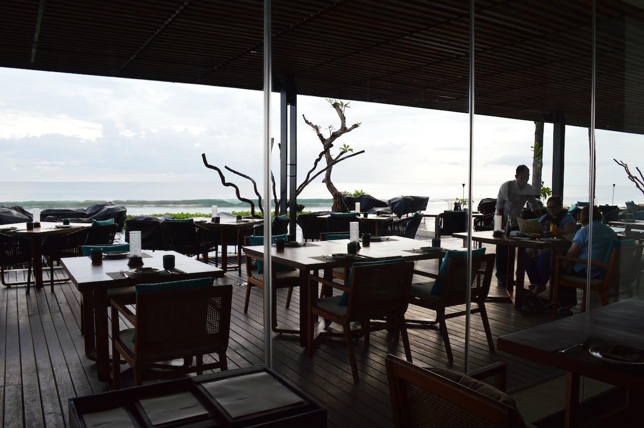 Best 5 star hotel alila seminyak bali beach spa holiday for Best 5 star hotels in bali