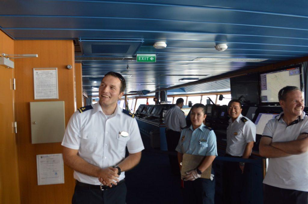 Mariner-of-the-seas-royal-caribbean-4-night-e2-balcony-cabin-stateroom-8210-ship-video-tour-singapore-phuket-luxury-bucket-list-7